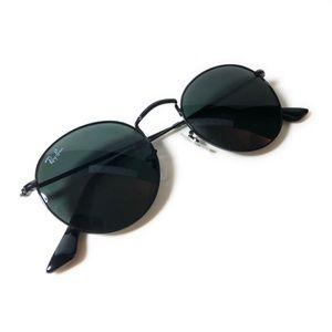 Ray-Ban black round glasses